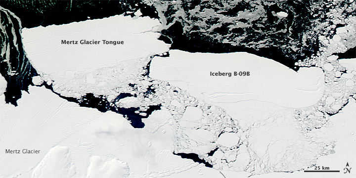 Iceberg B-9B, entrando en conflicto con la lengua del glaciar Mertz, y de este modo creando el iceberg Mertz, el 20 de febrero de 2010.