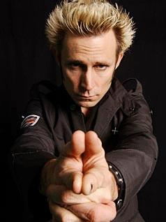 Tiedosto:Mike dirnt 14.jpg