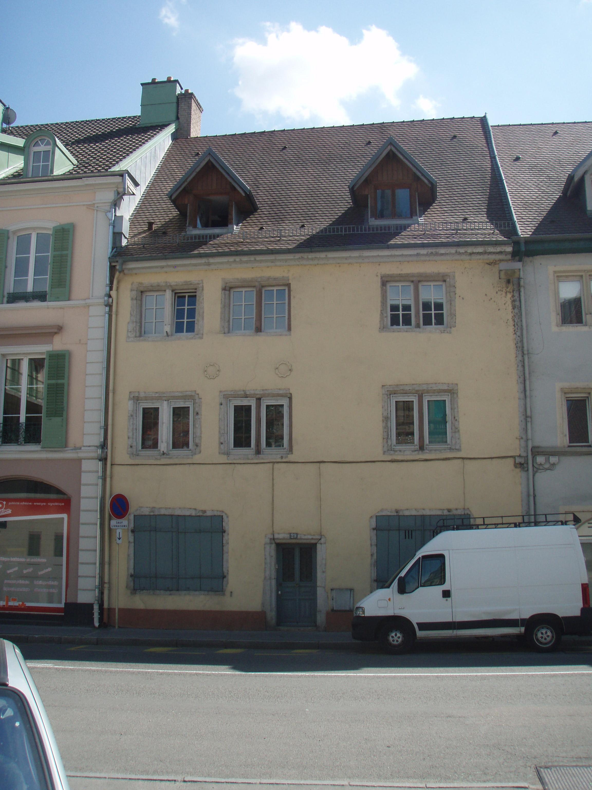 File montb liard fbg besancon 29 jpg wikimedia commons for Montbeliard besancon