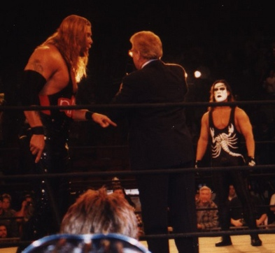 Nash in the ring with Sting, who he would later join forces with after the formation of the nWo Wolfpac Nash and Sting at Nitro 1998.jpg