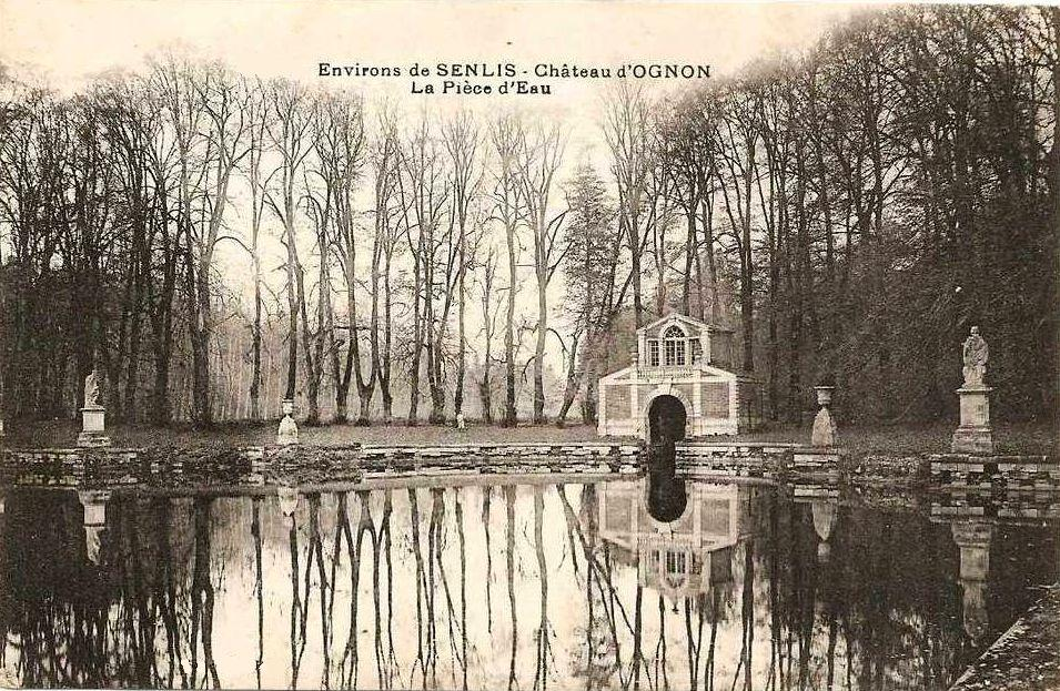 File ognon 60 le miroir d 39 eau au wikimedia for Le miroir dijon
