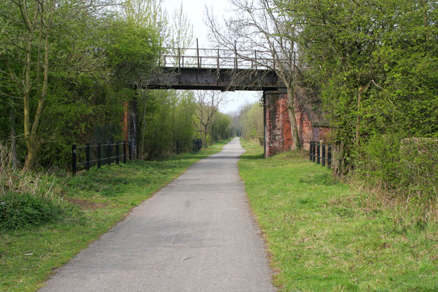 Old railway bridge over the Nutbrook Trail - geograph.org.uk - 775126