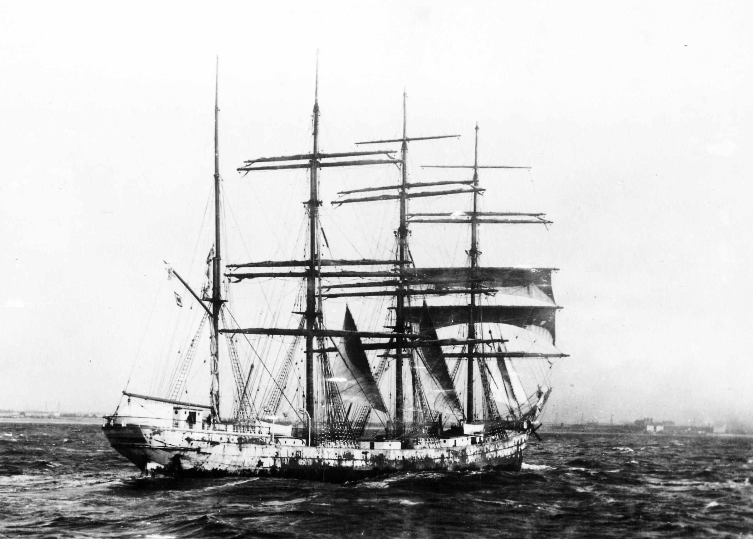 Olivebank_(ship,_1892)_-_SLV_H99.220-2499.jpg
