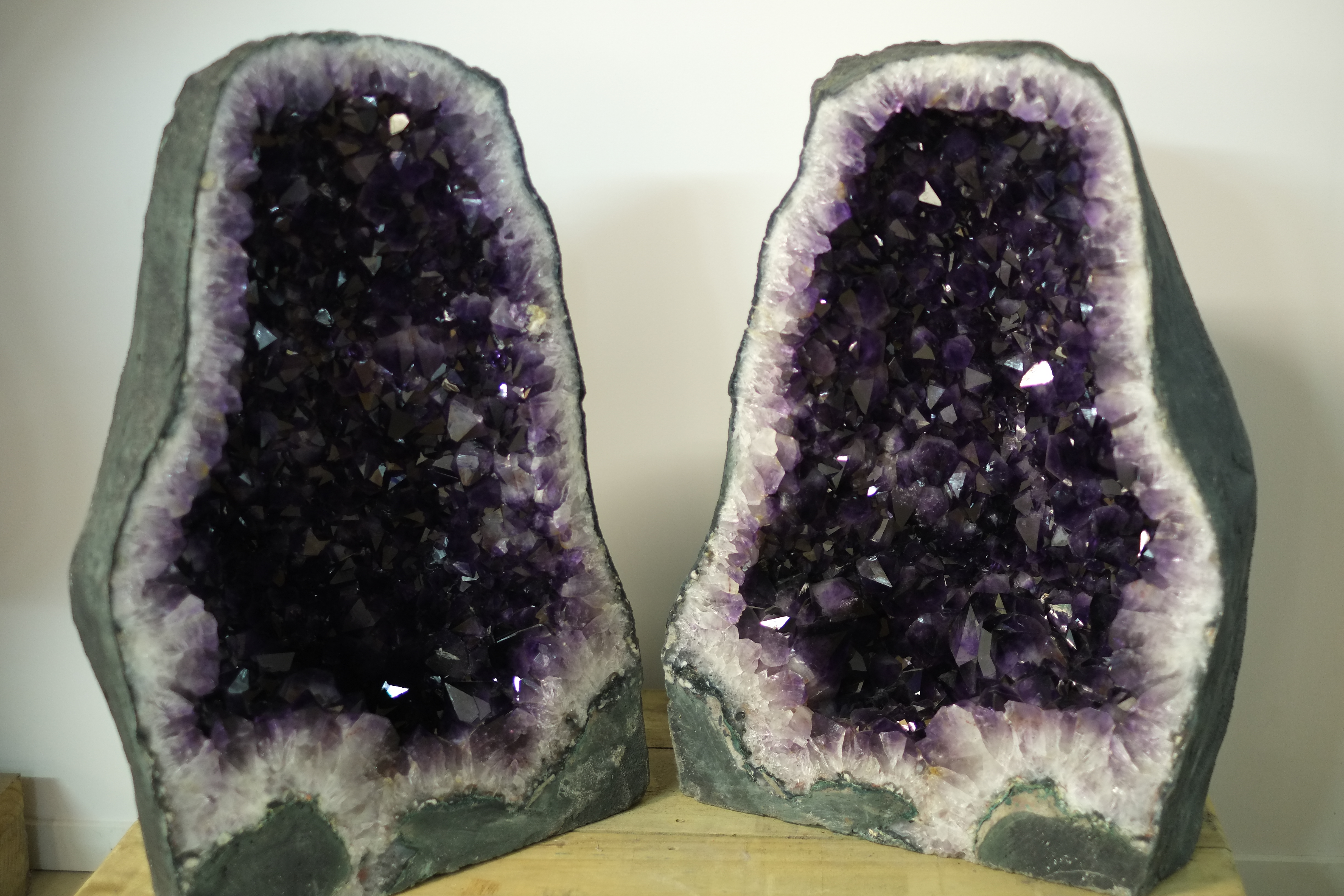 File Opened Dark Purple Amethyst Cathedral In Crystal