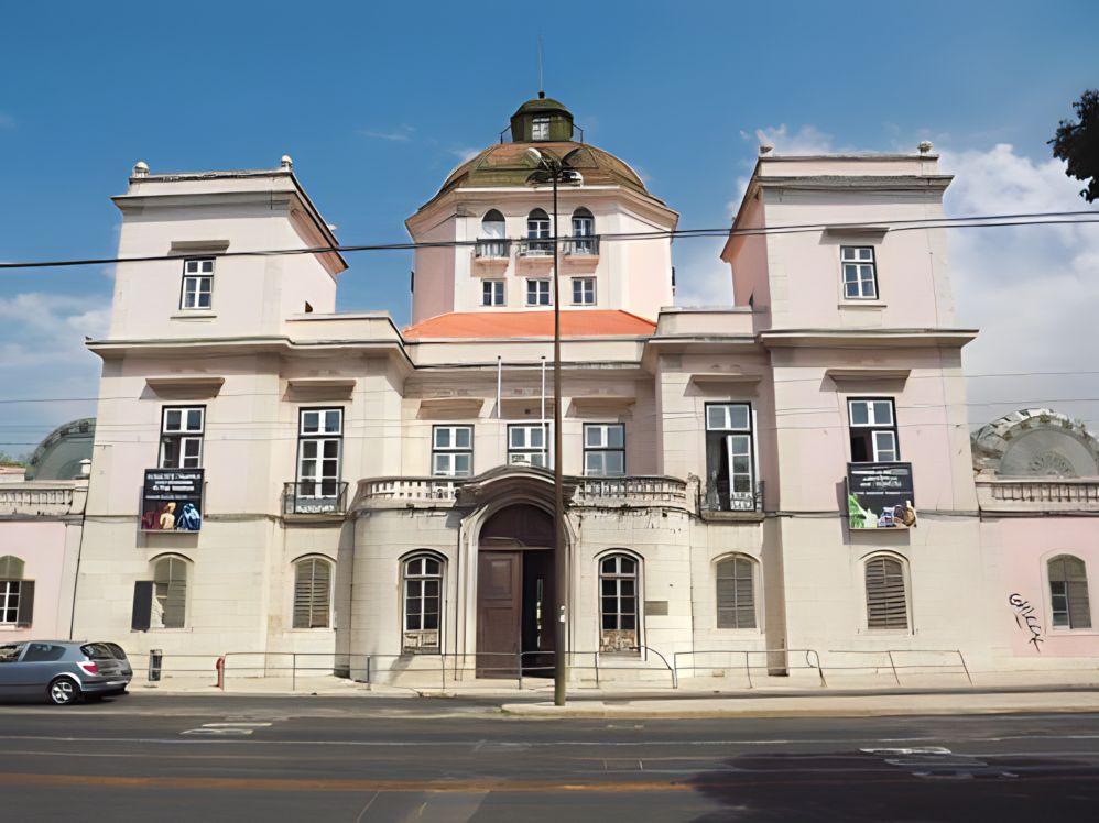 Palacio Burnay.jpg