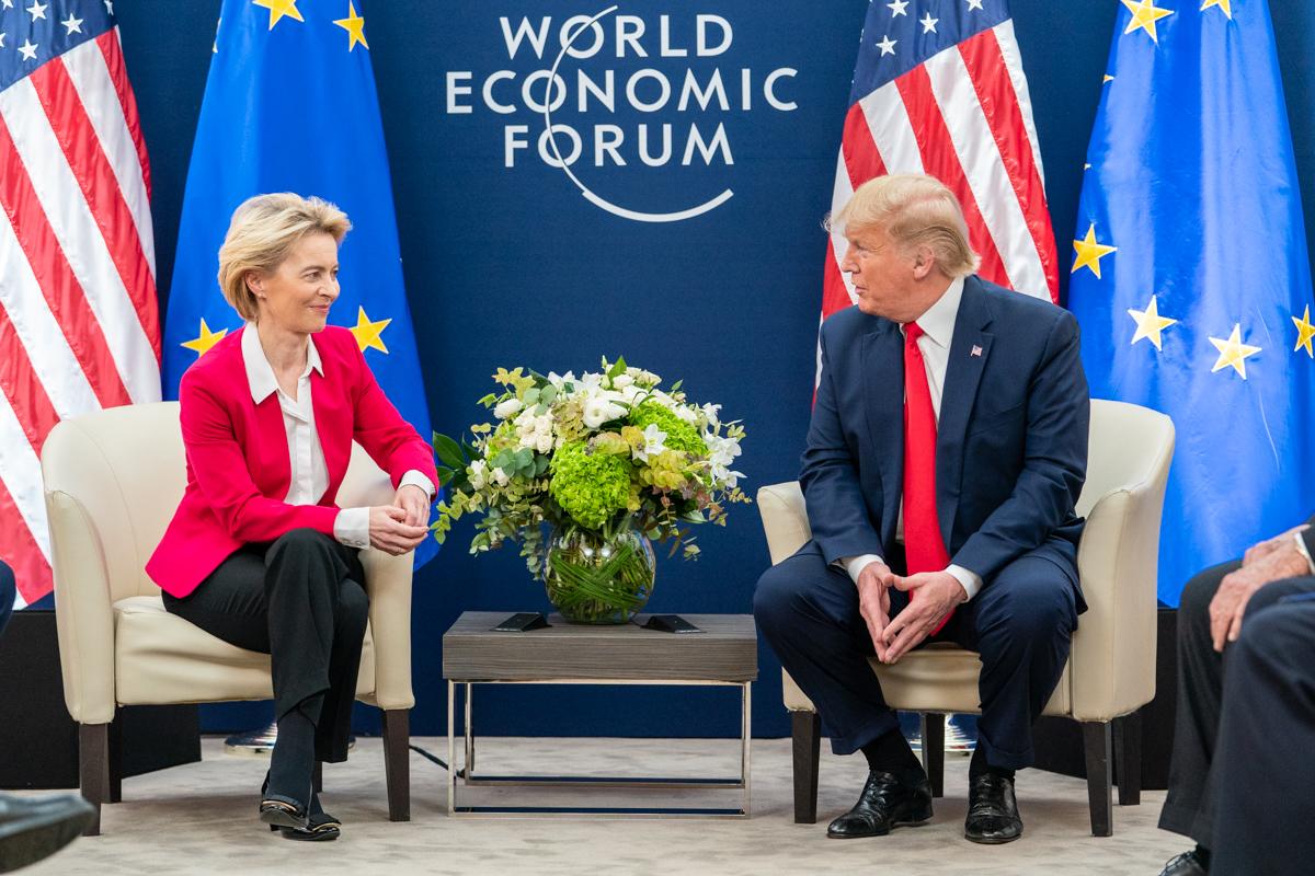 President Trump at Davos (49419287158).jpg
