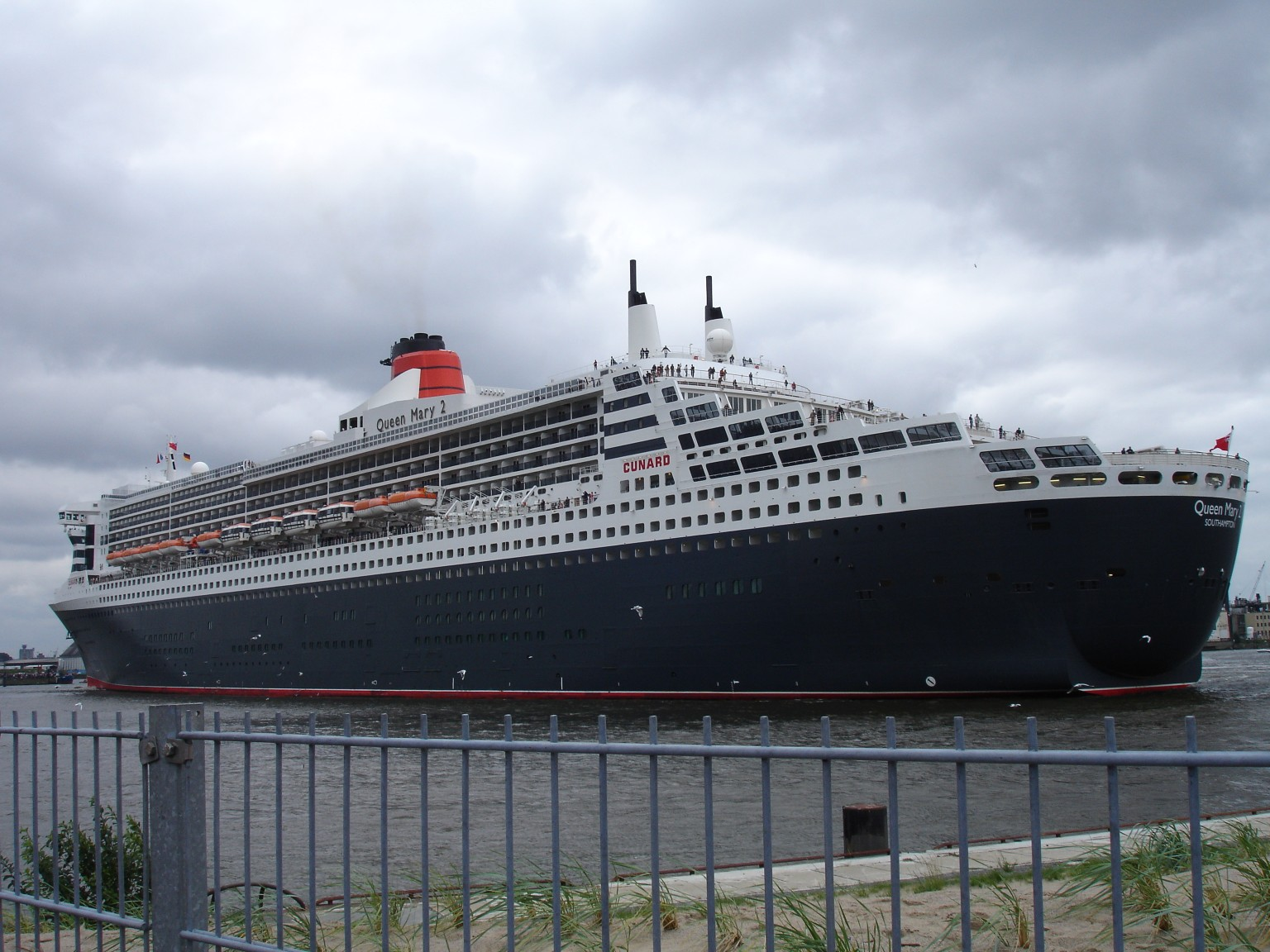 Queen Mary  Aft Harmonic Room Explosion