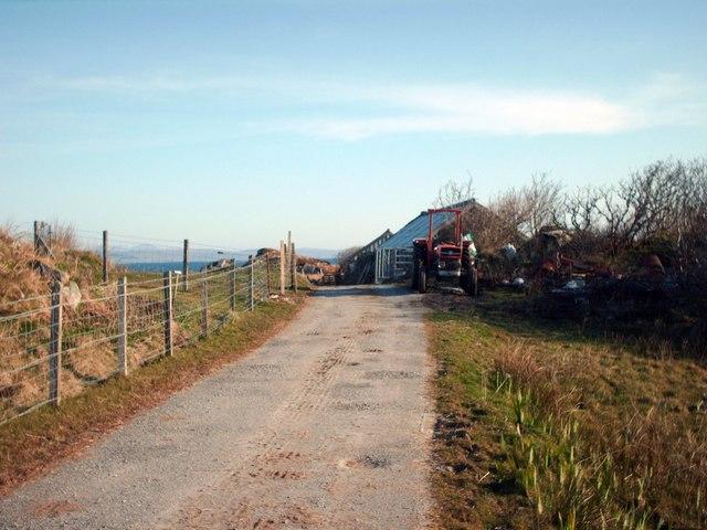 File:Road into Gorten Sands Campsite - geograph.org.uk - 773349.jpg