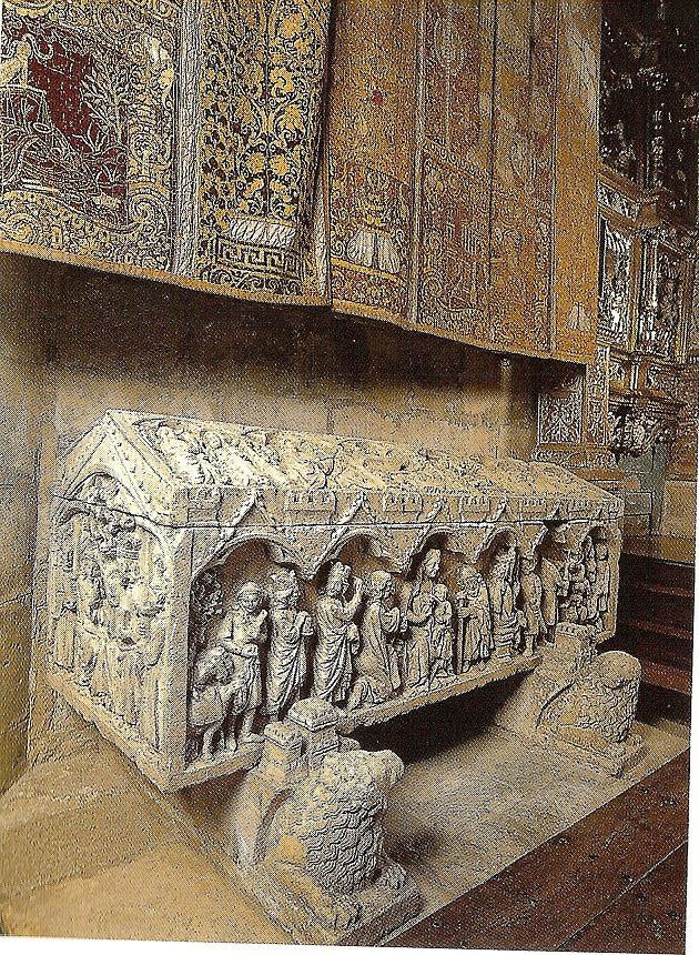 Sepulcro de la infanta Doña Berenguela, hija de Fernando III el Santo, rey de Castilla y León.jpg