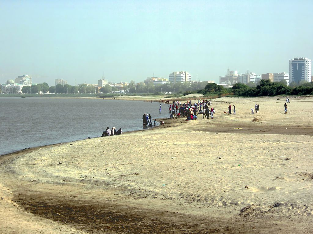 The Nile Khartoum Bahri.jpg