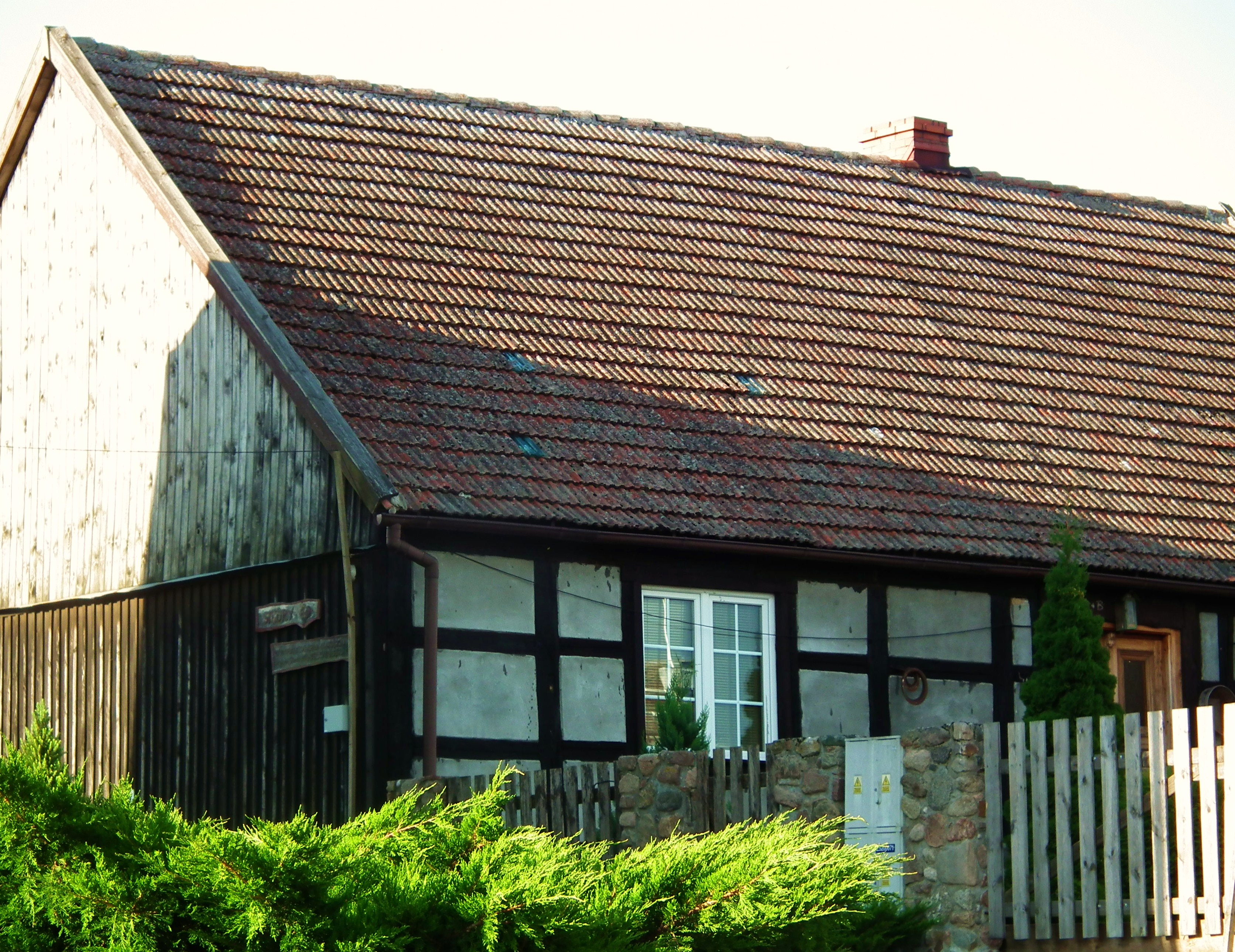 File:Timber framing in Sikory.jpg - Wikimedia Commons