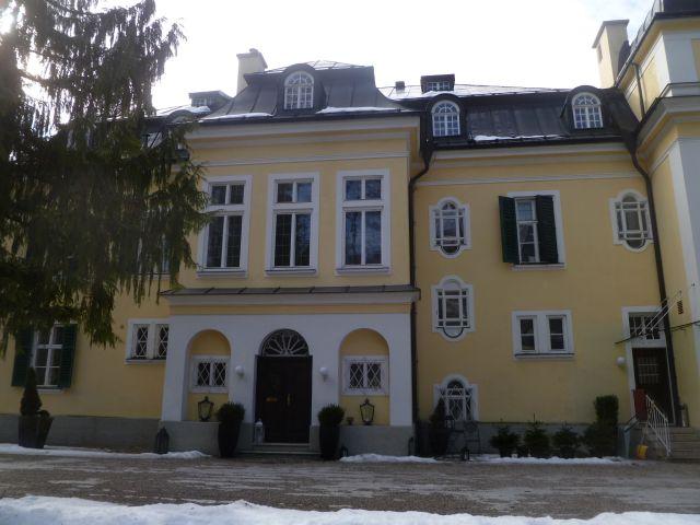 Villa trapp wikipedia for House music wikipedia