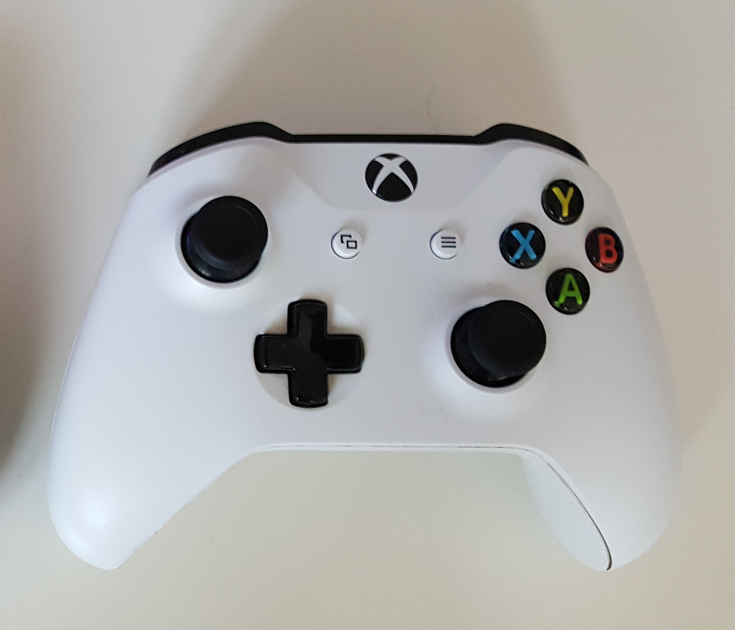 File:Xbox One S & X controller model 1708 (cropped) jpg