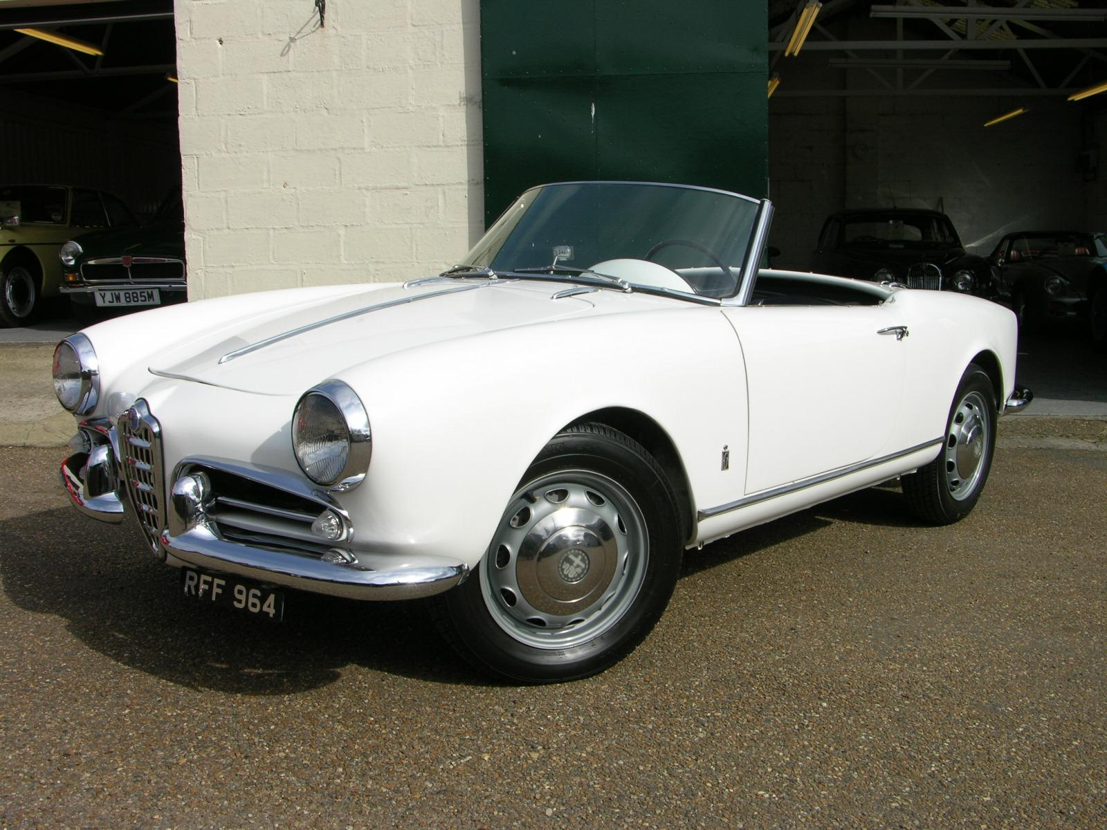 File:1956 Alfa Romeo Giulietta Spider - Flickr - The Car Spy (5)