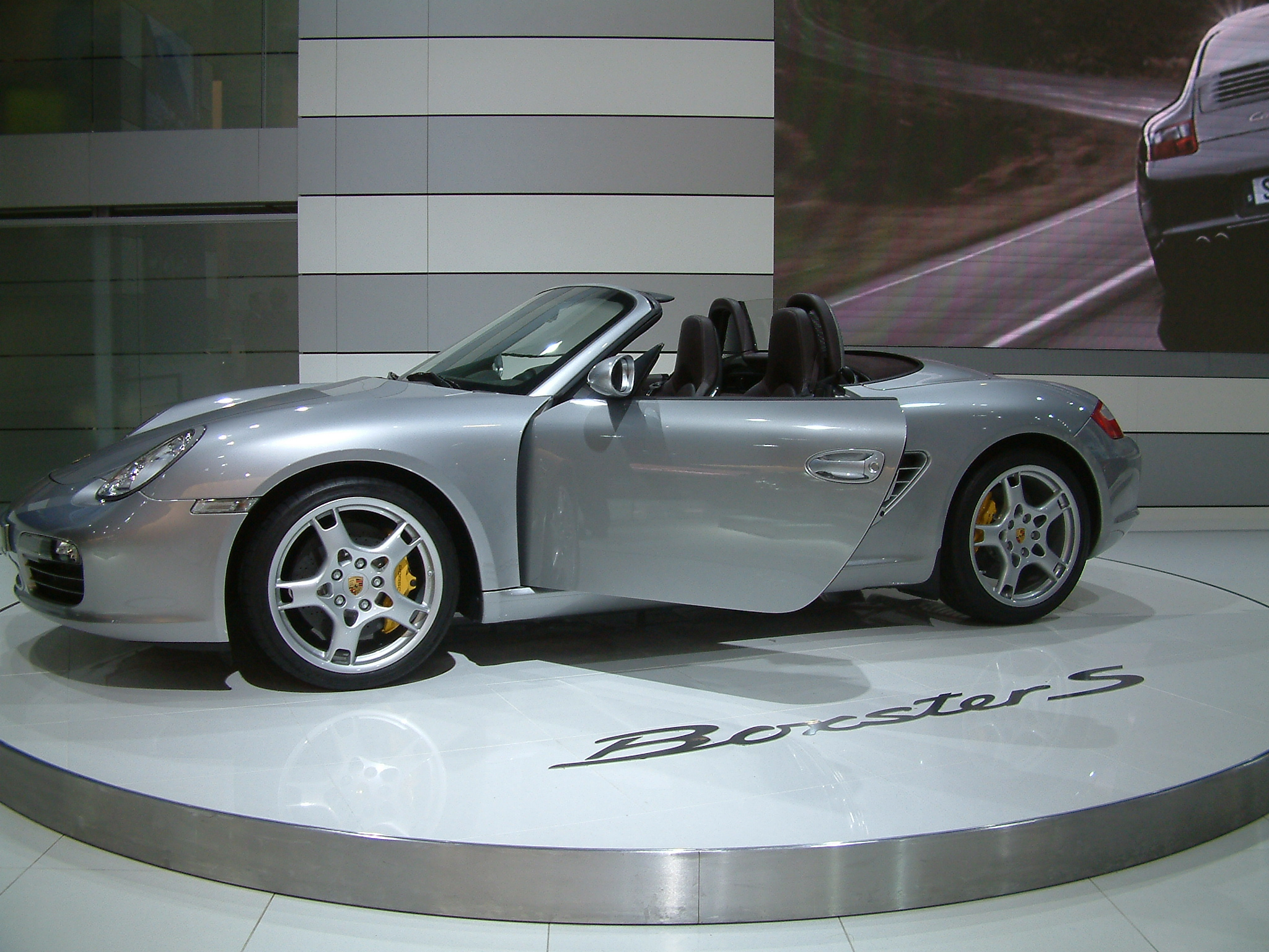 file 2004 silver porsche boxster s type. Black Bedroom Furniture Sets. Home Design Ideas