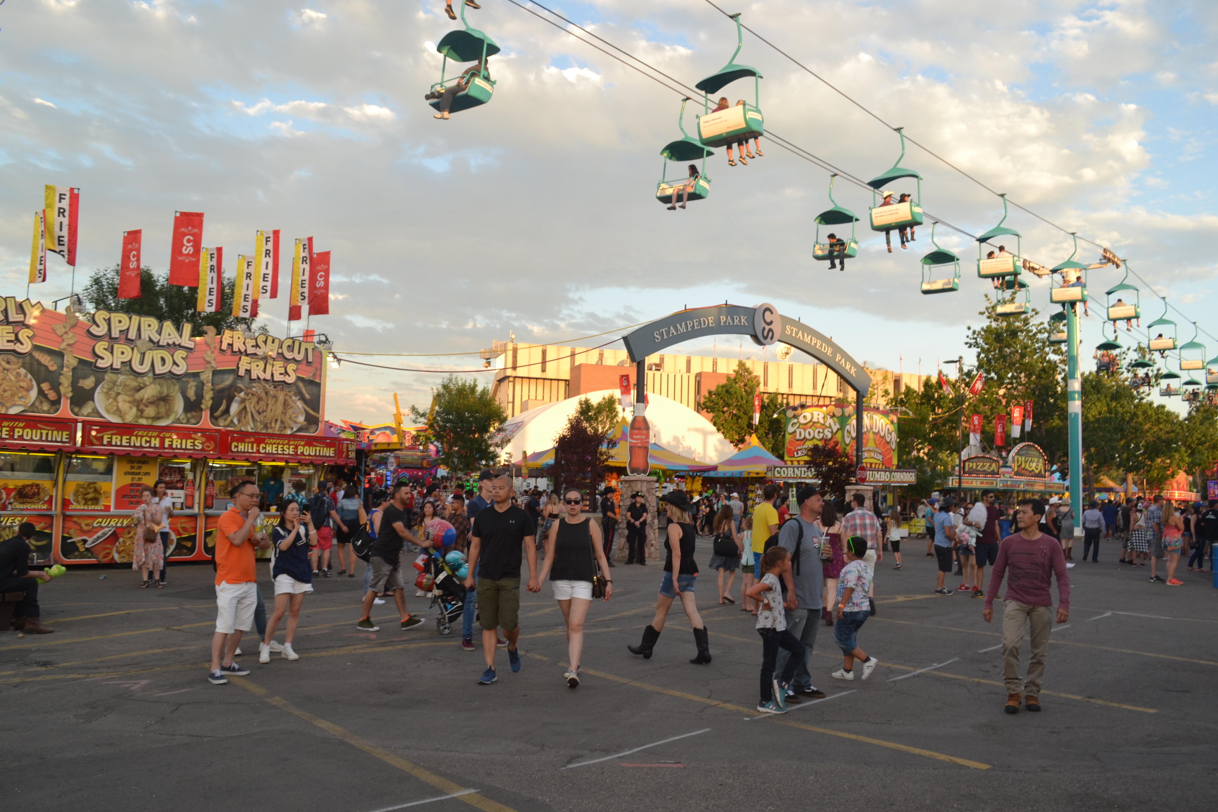 File:2017 Calgary Stampede - Day One (13) (35401783260).jpg - Wikimedia Commons