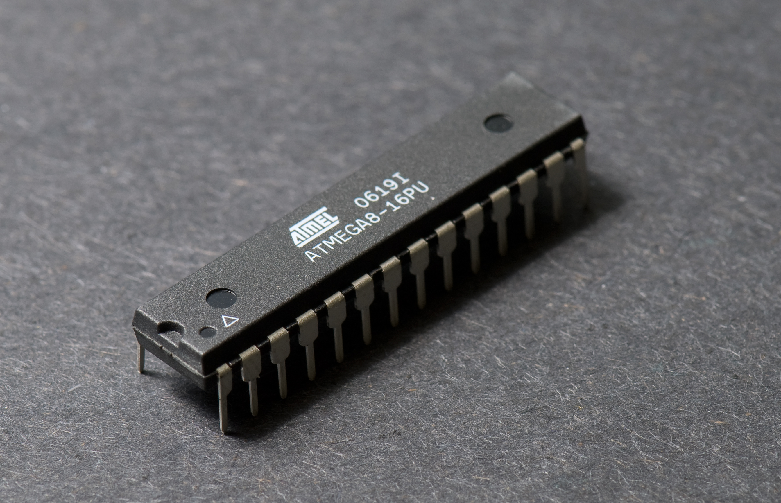 ATMEGA8-16PU Atmel 8-Bit Microcontroller ATMEGA8-16