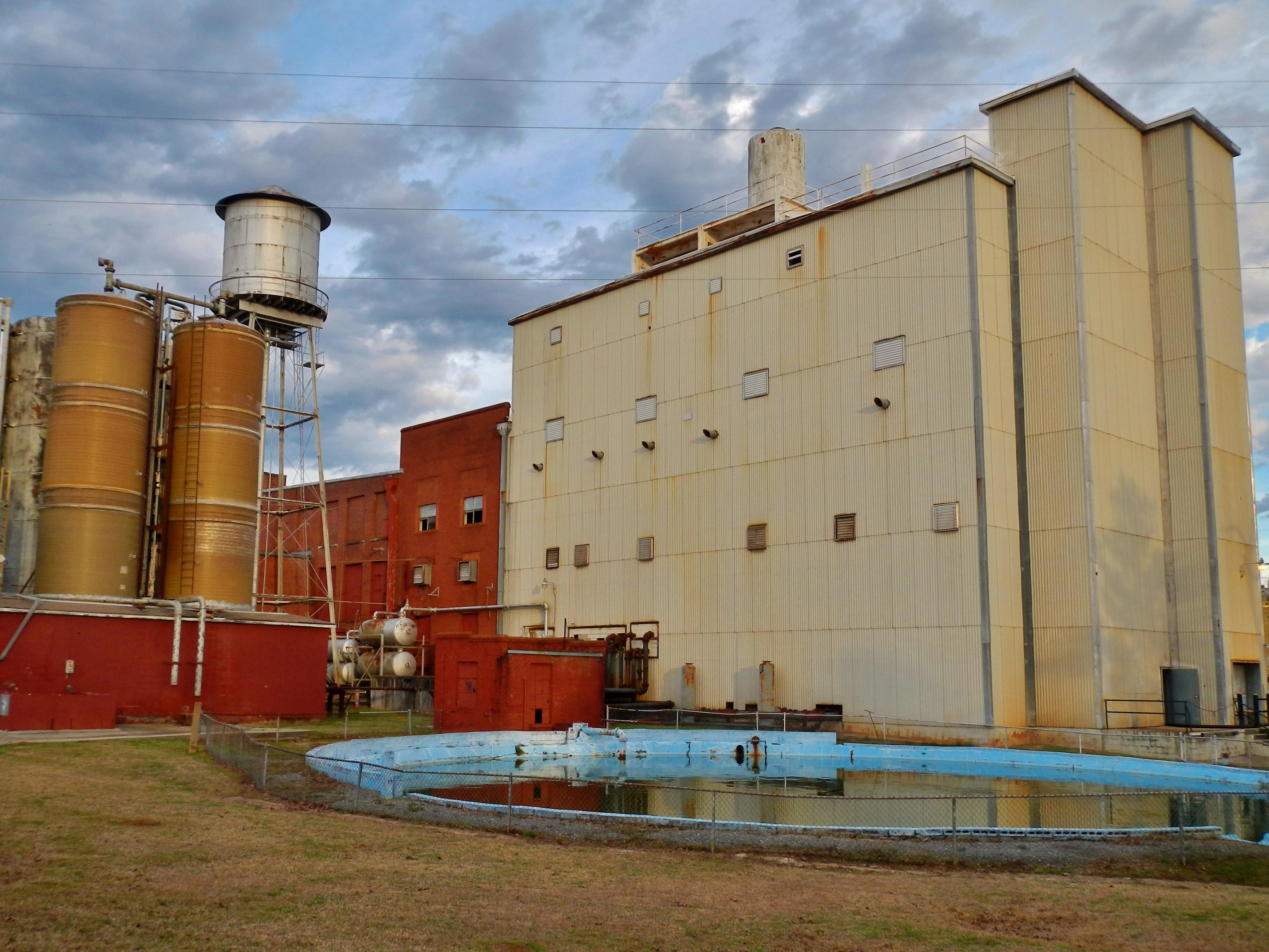 (Alexander City, Alabama).alexander city city