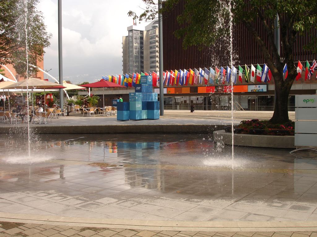 Asamblea anual del banco interamericano de desarrollo for Banco exterior caracas
