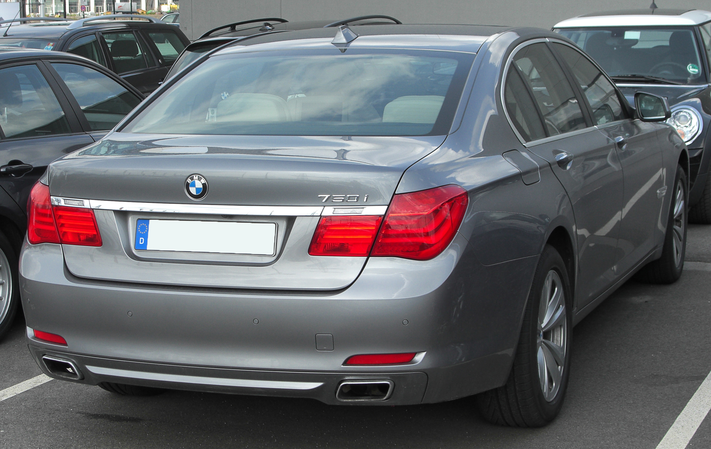File Bmw 750i F01 Front 20100405 Jpg Wikimedia Commons