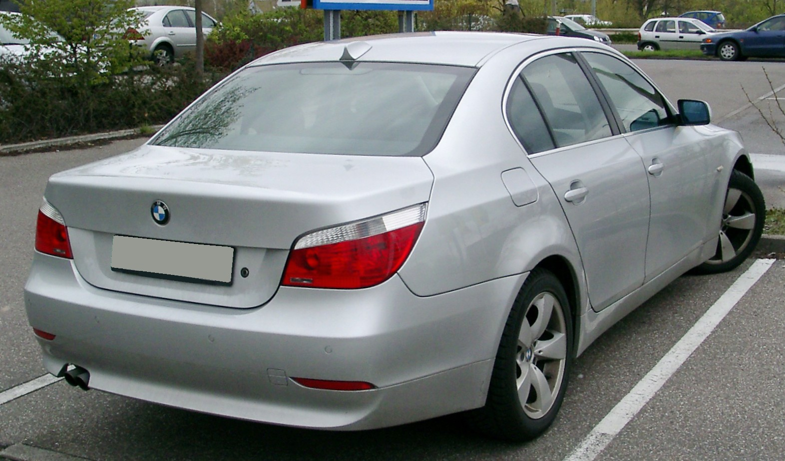 Bmw 535I Xdrive >> File:BMW E60 rear 20080417.jpg - Wikimedia Commons