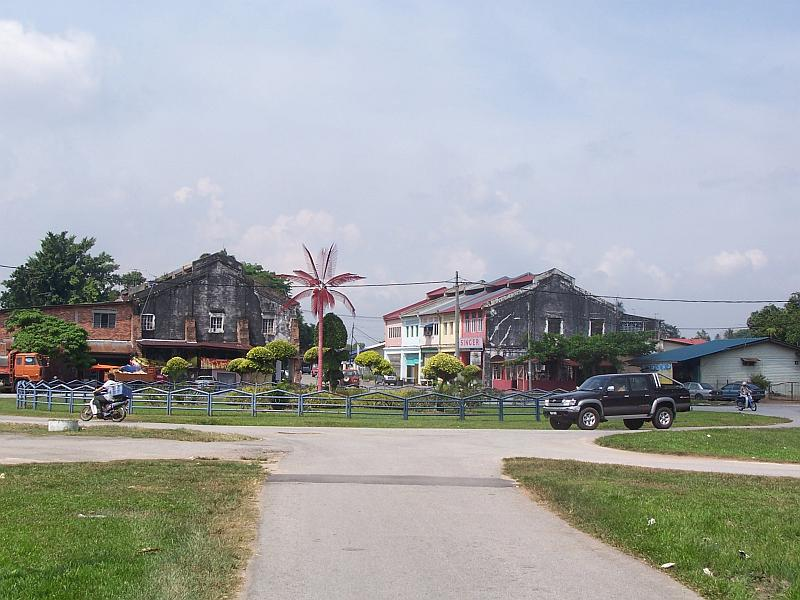 Fail:Batu Arang Town May 2007.jpg