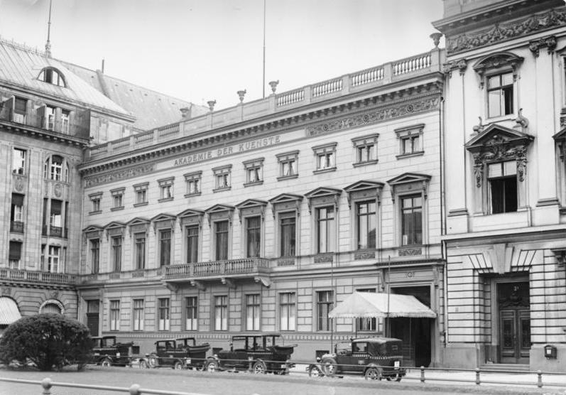 Bundesarchiv B 145 Bild-P049294, Berlin, Akademie der Künste.jpg
