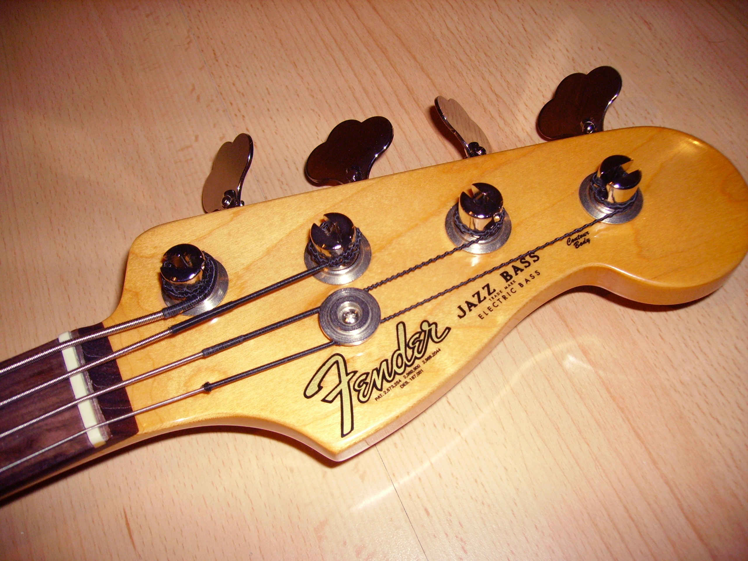 Fender Headstock Template http://en.wikipedia.org/wiki/File:Fender_Jazz_Bass_Headstock.jpg