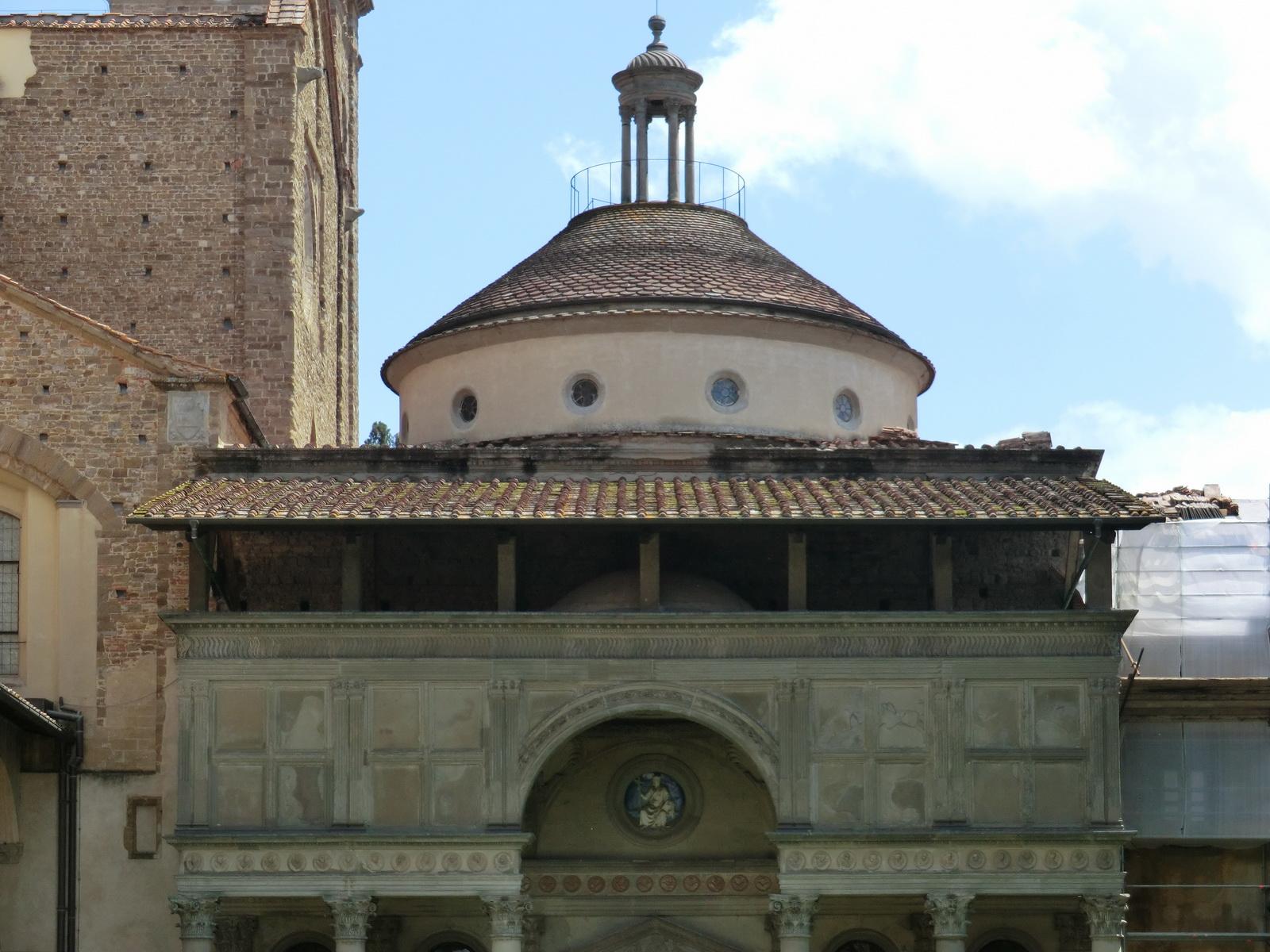 Florence, Basilica of Santa Croce, Cloister, Pazzi Chapel 003.JPG