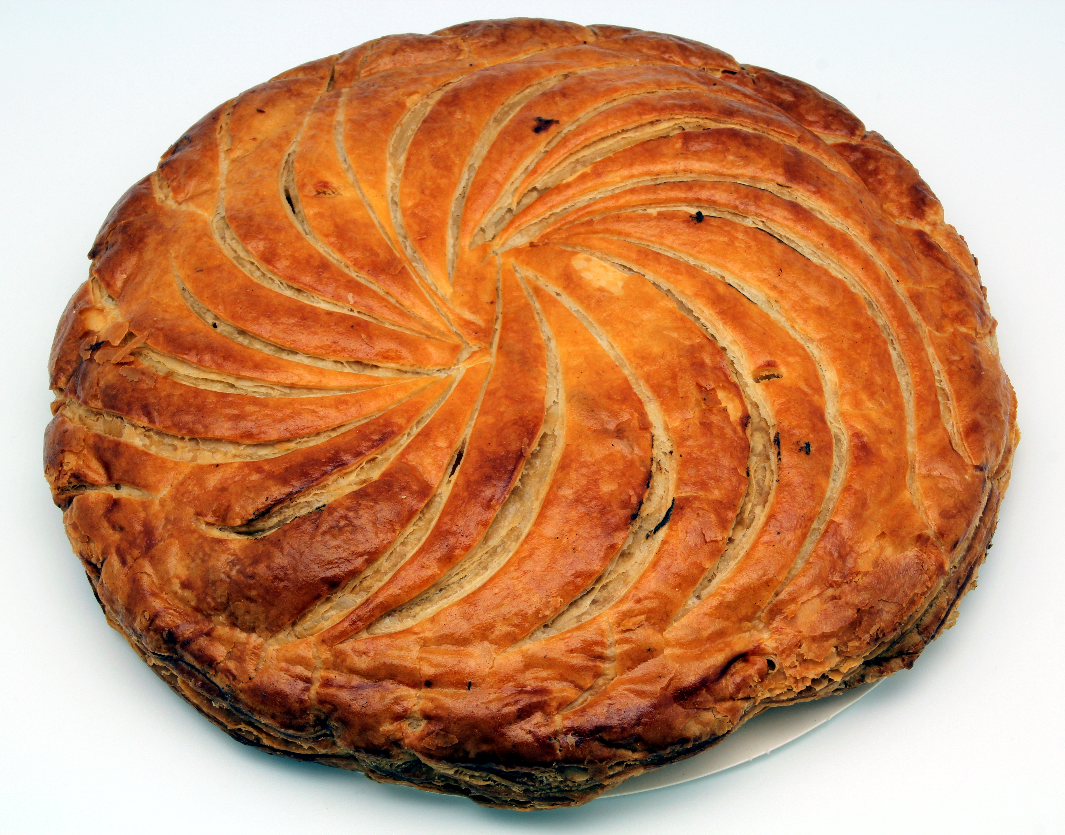 File:Galette des rois 2013.jpg - Wikimedia Commons