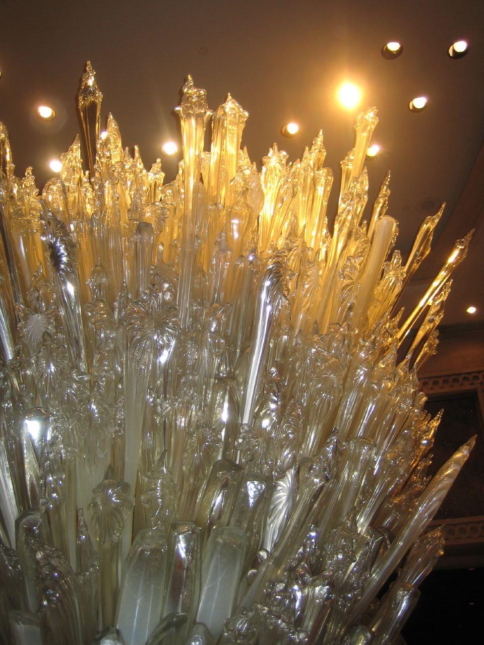 Fileglass sculpture at the atlantis casinog wikimedia commons fileglass sculpture at the atlantis casinog arubaitofo Image collections