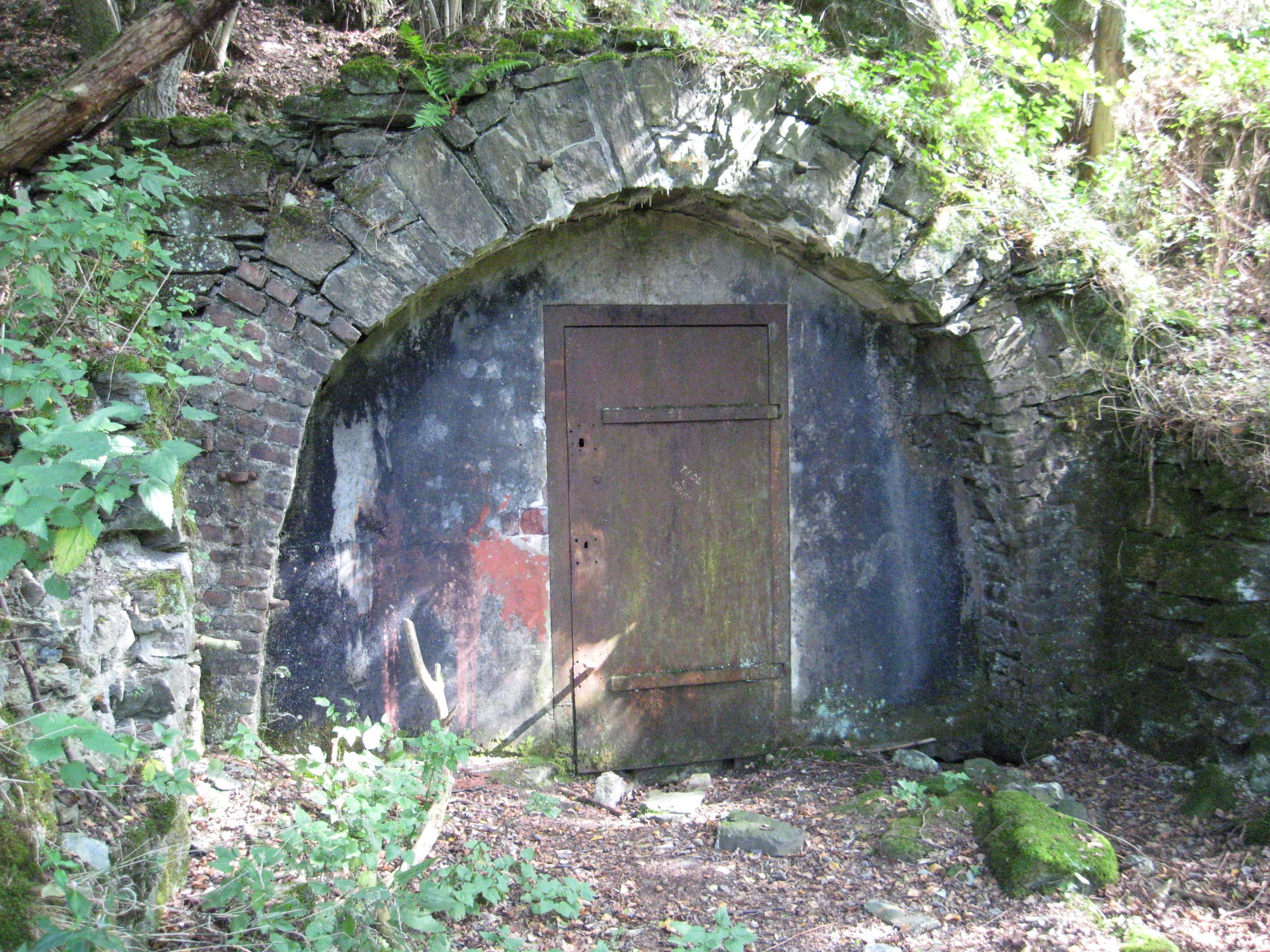 altes Bergwerk Grube_Ameise_-_Stolleneingang