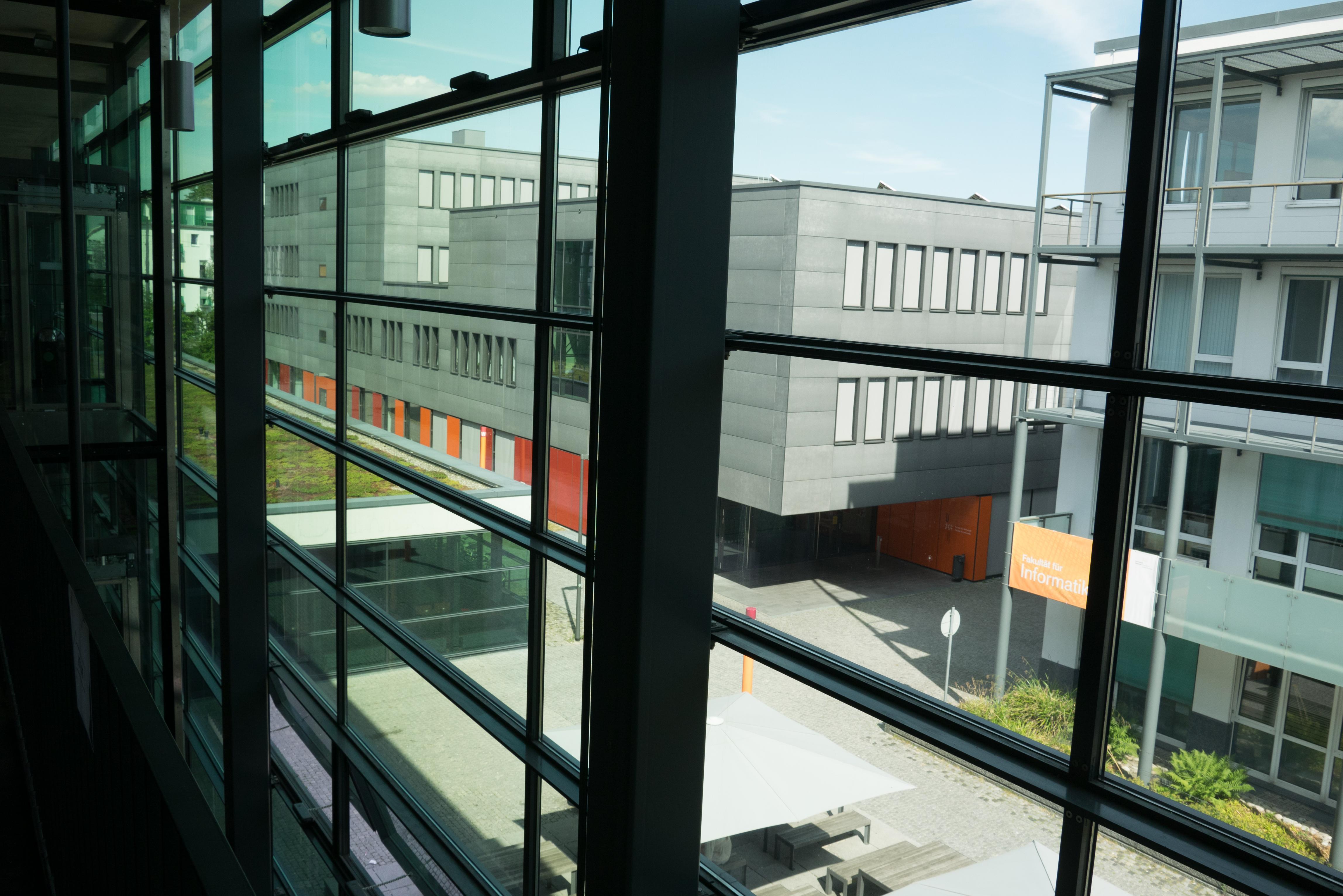 File Hs Augsburg L Bau Blick Auf W Bau Jpg Wikimedia Commons