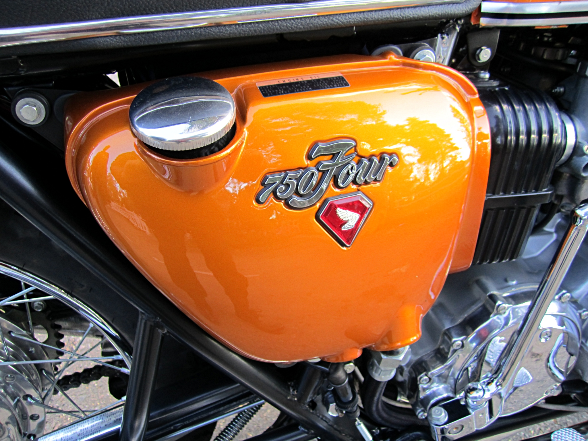 Filehonda Cb750 Four K1 1971 Oil Tankjpg Wikimedia Commons