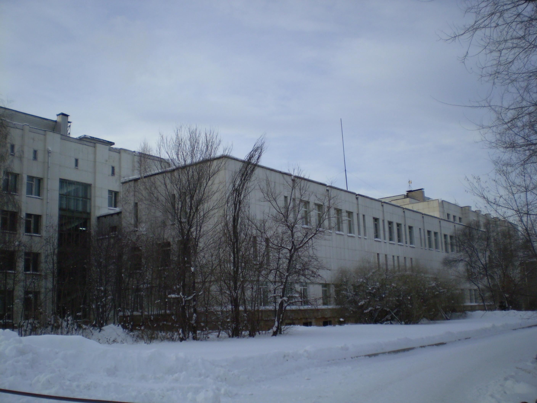 Krasnoyarsk State University building in December 2006.jpg