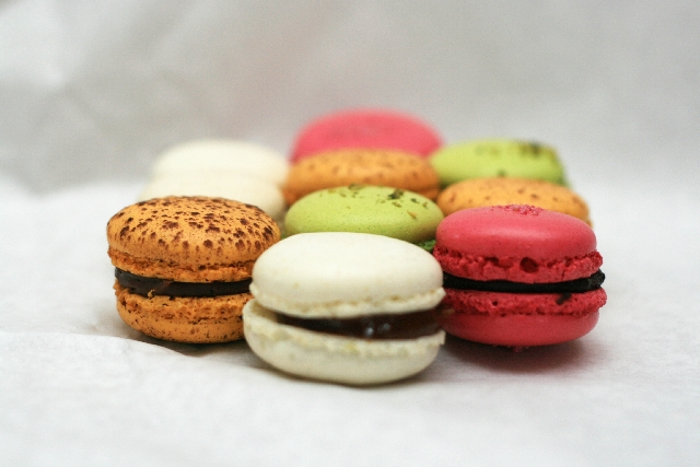 File macaron hungary may wikimedia commons for Postres franceses frios