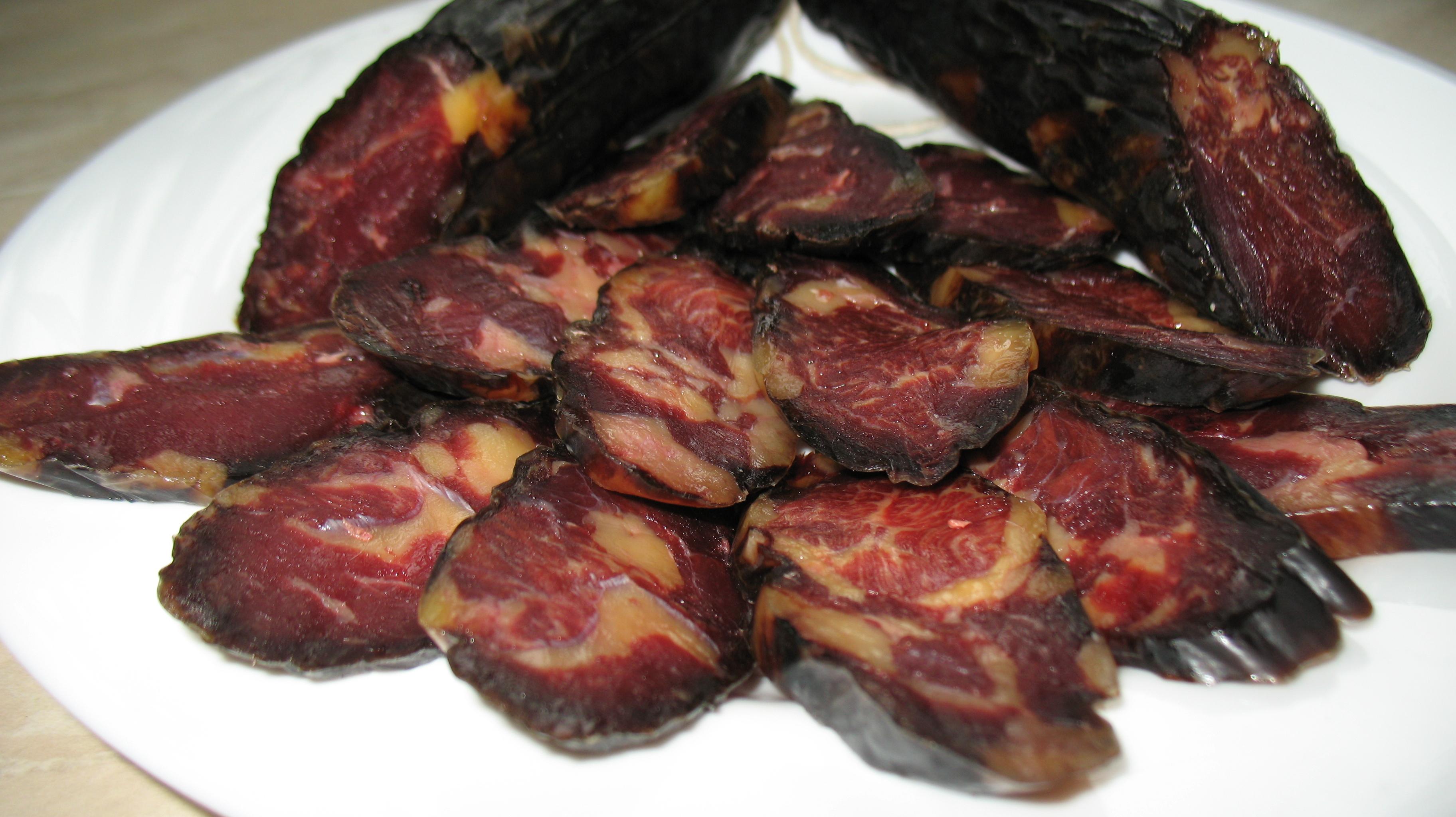 Конская колбаса в домашних условиях рецепт