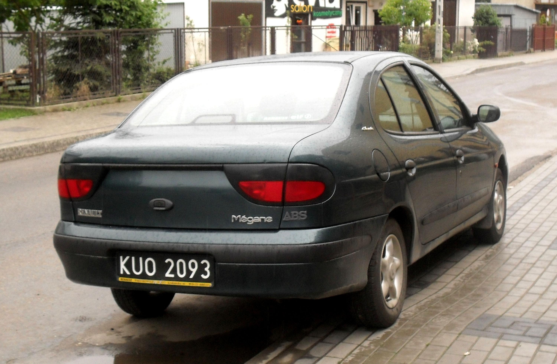 2016 - [Renault] Megane Sedan (LFF) - Page 8 Megane_classic_jaslo