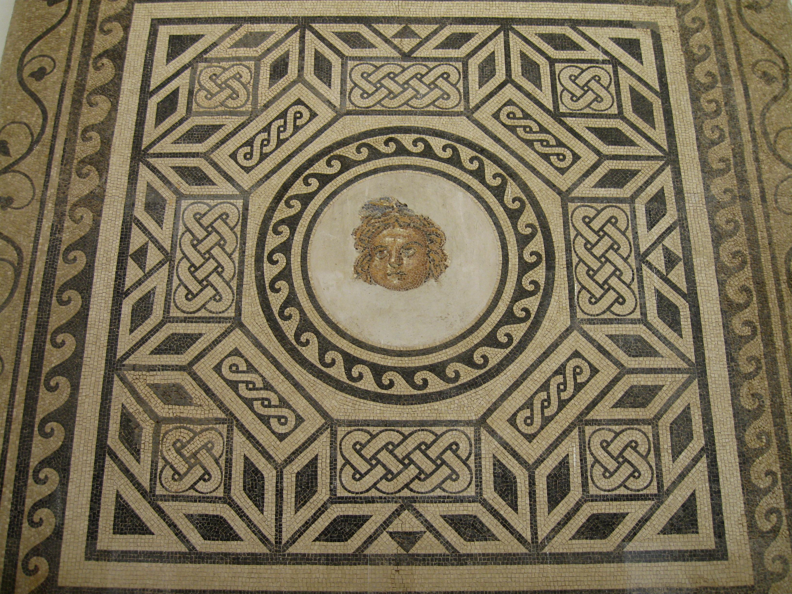 File mosaico romano 3 alc zar de los reyes cristianos for Mosaico romano