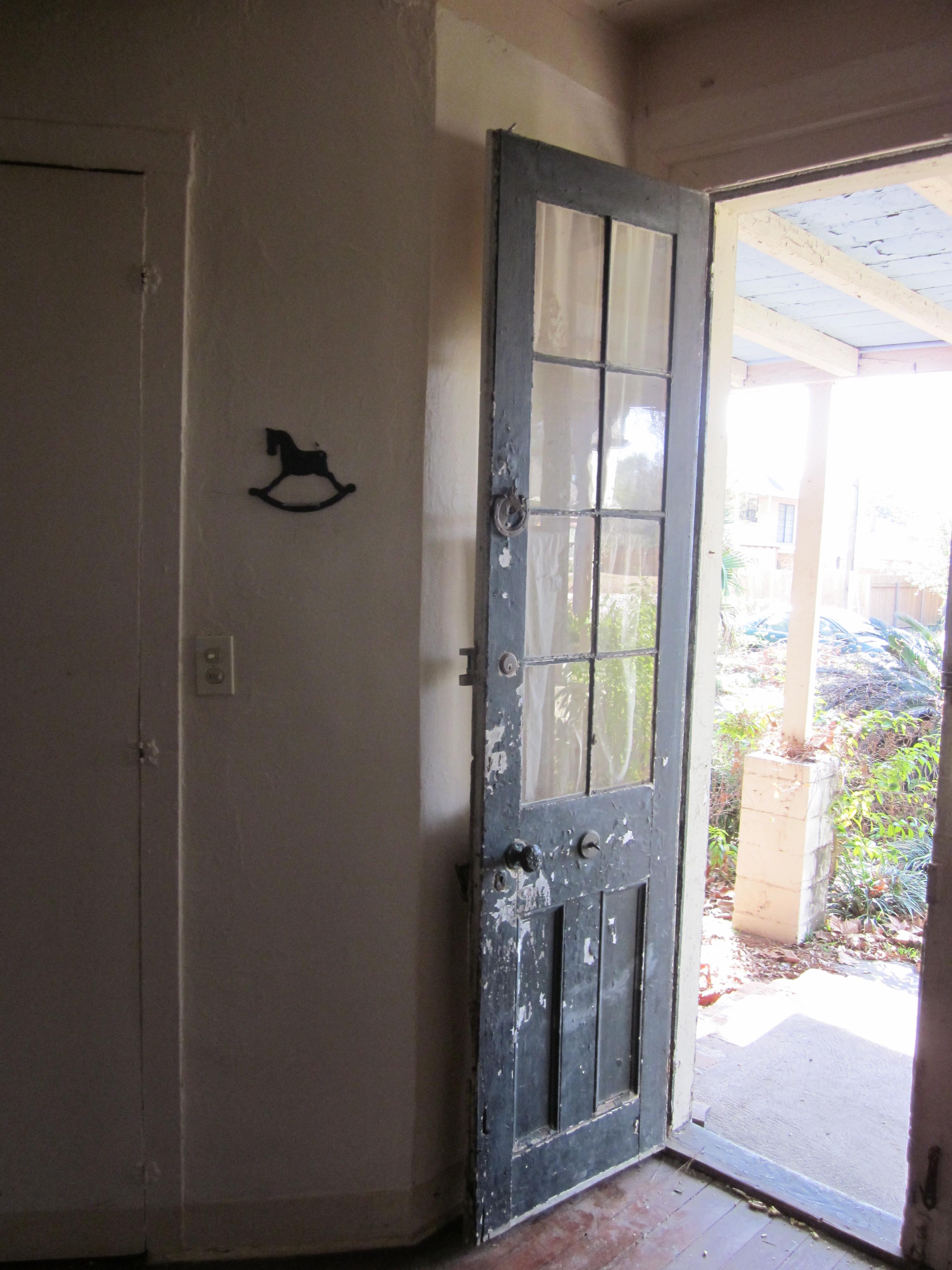 Description NMP 1780s House Interior Front Door JPG
