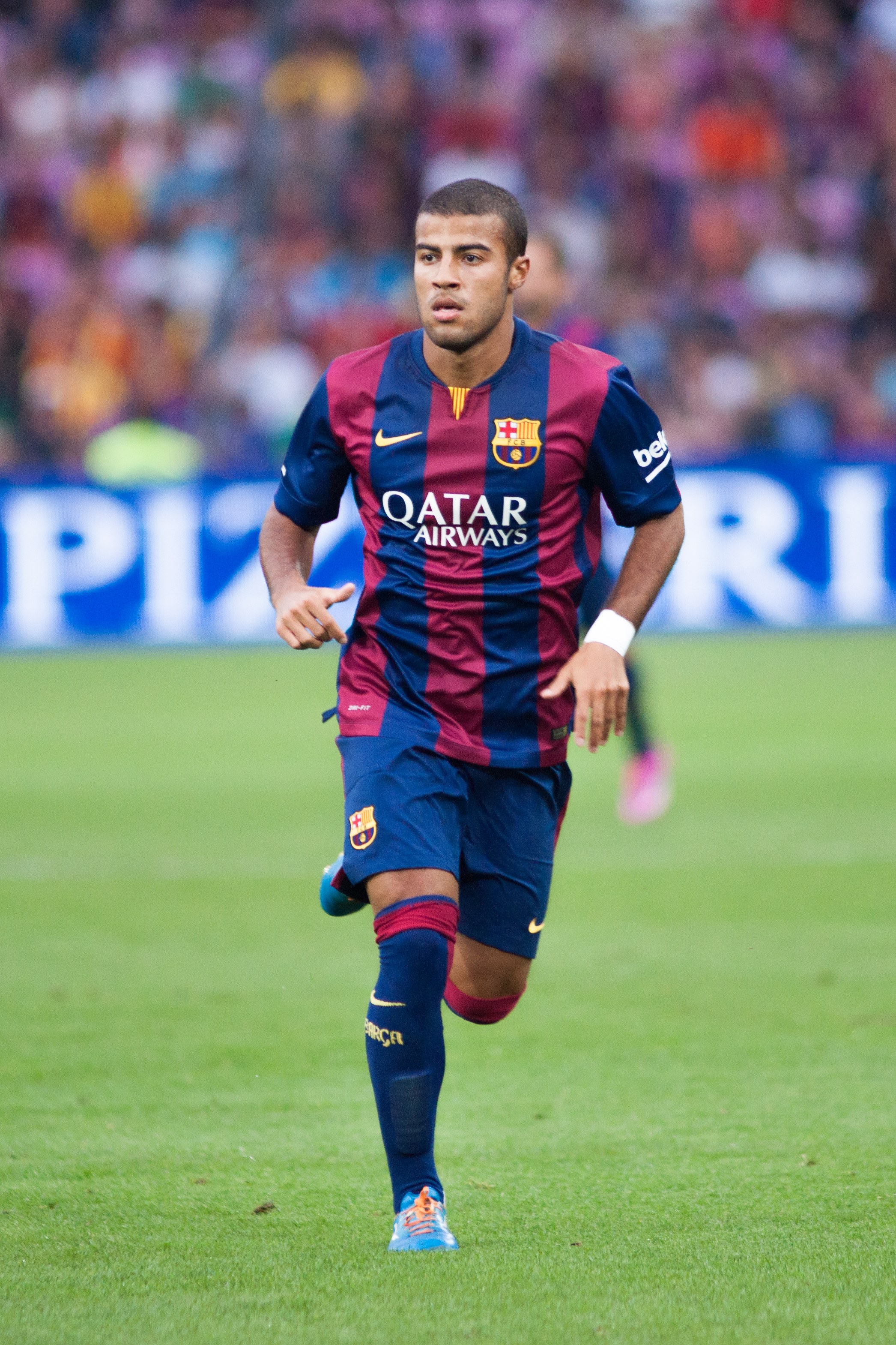 Rafinha earned a  million dollar salary - leaving the net worth at 20 million in 2018