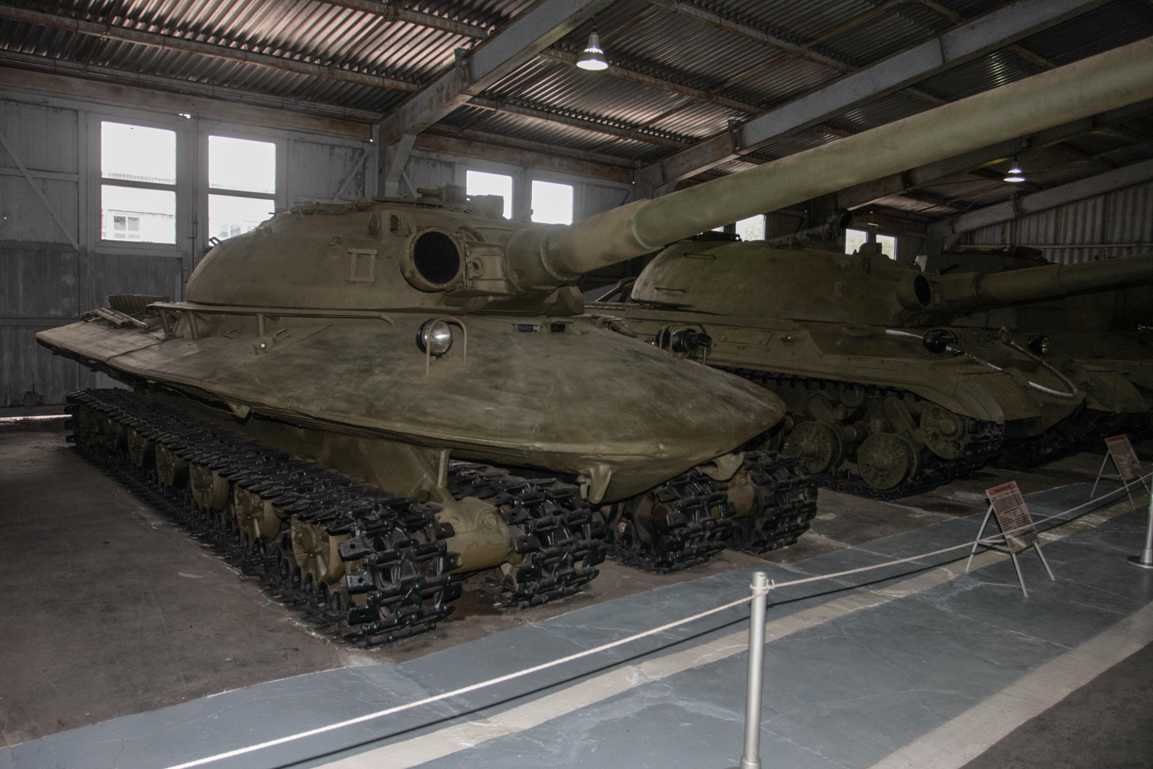 Inside the NiNWOTers hatch Object_279_%28heavy_tank%29