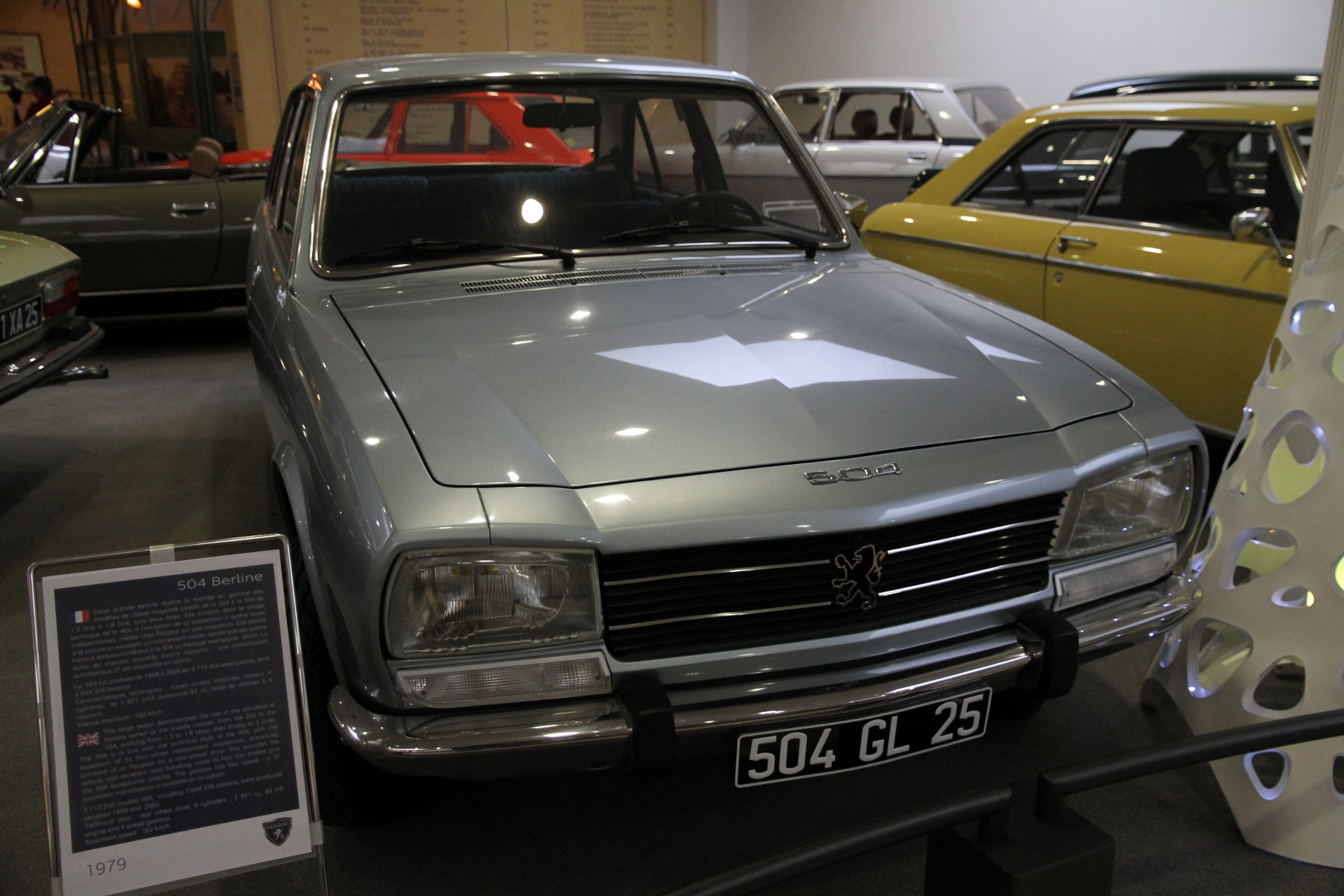 file:peugeot 504 berline - wikimedia commons