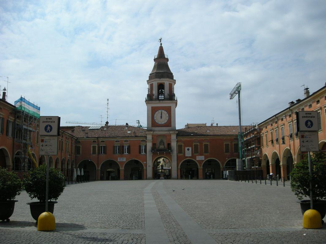 File piazza garibaldi wikipedia - Sassuolo italia ...