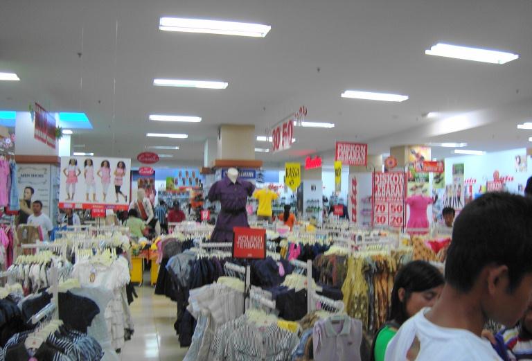 File:Ramayana Department Store, Kota Pematang Siantar (23).JPG