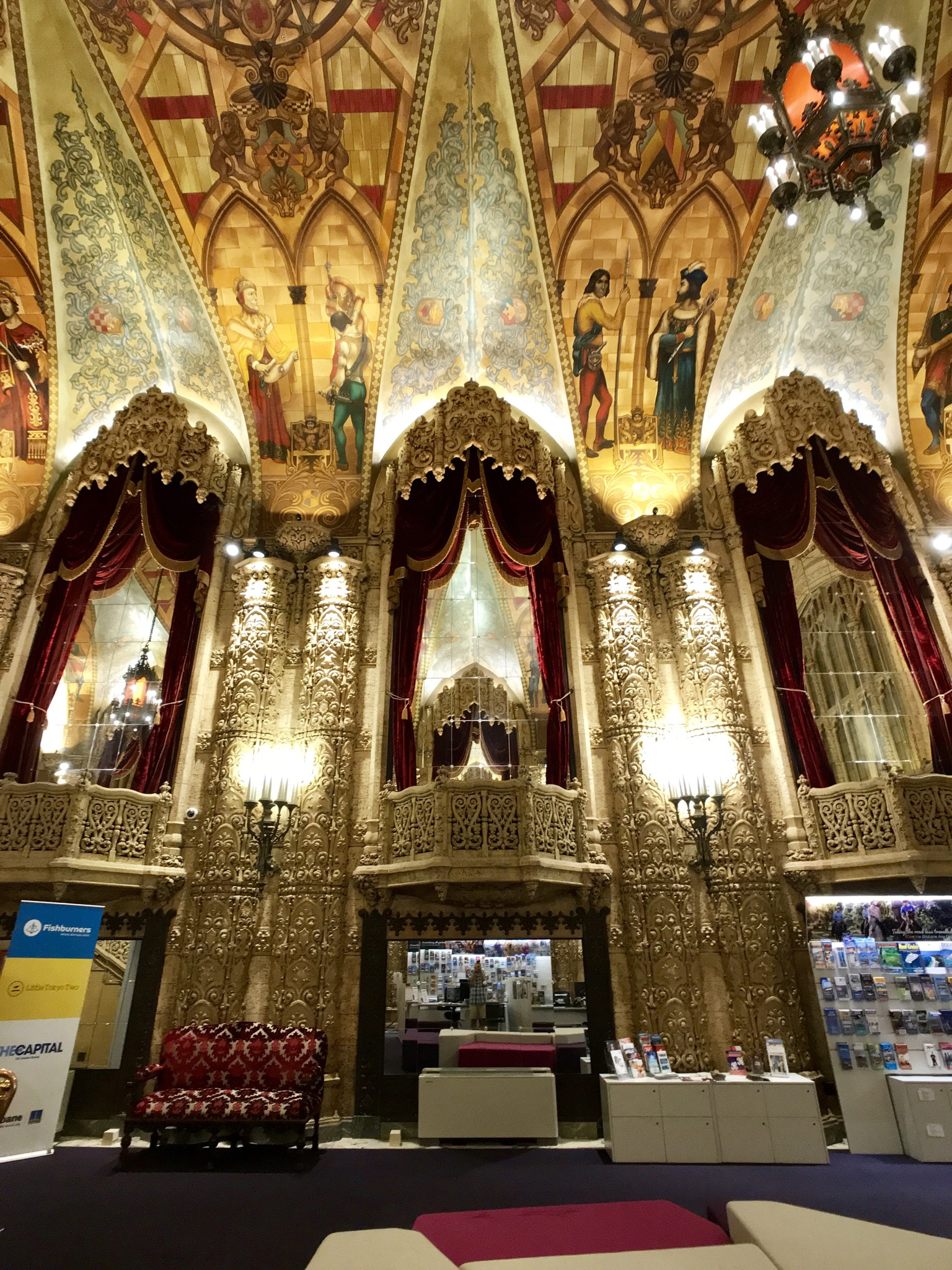 File:Regent Theatre Foyer, Brisbane, Queensland 03.jpg ...
