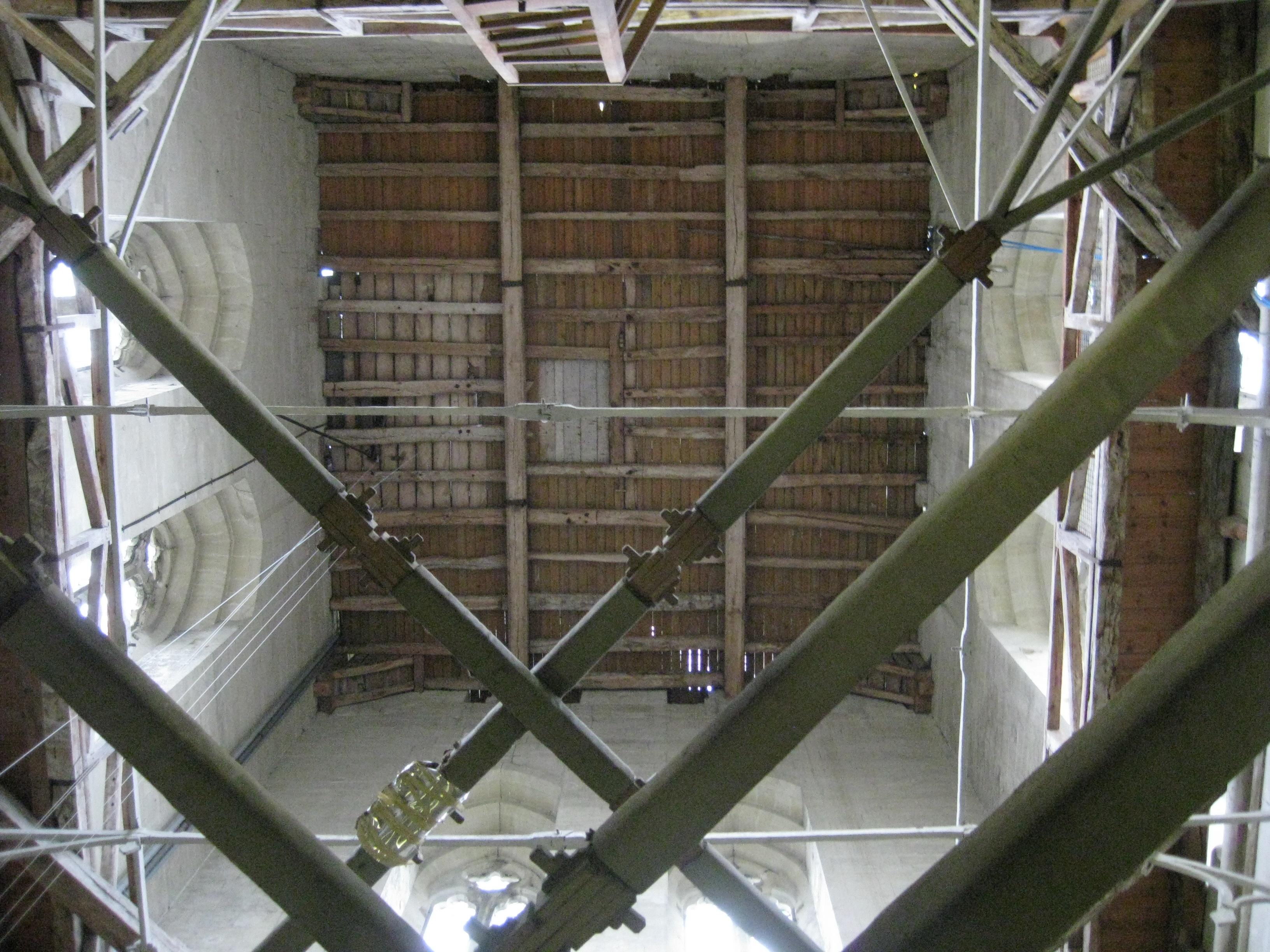 File Salisbury Catherdral Tower Interior Bracing Jpg