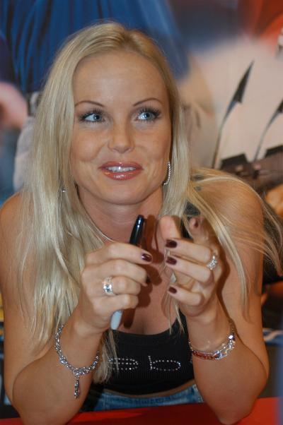 File Silvia Saint Dsc 1405 Jpg Wikimedia Commons