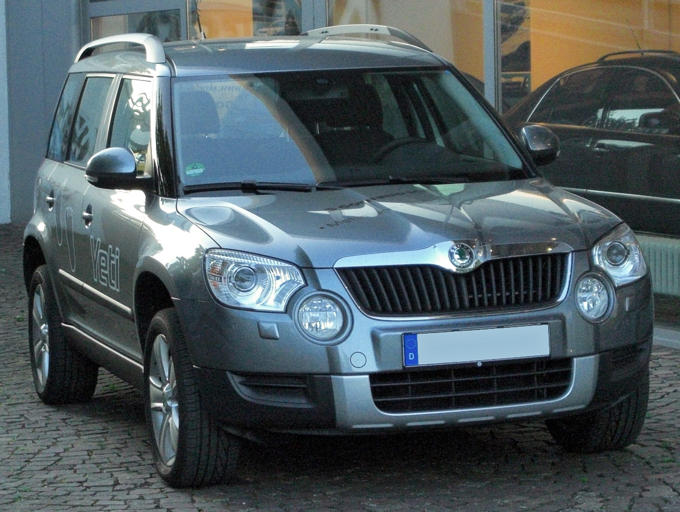 file skoda yeti 2 0 tdi 4x4 front. Black Bedroom Furniture Sets. Home Design Ideas
