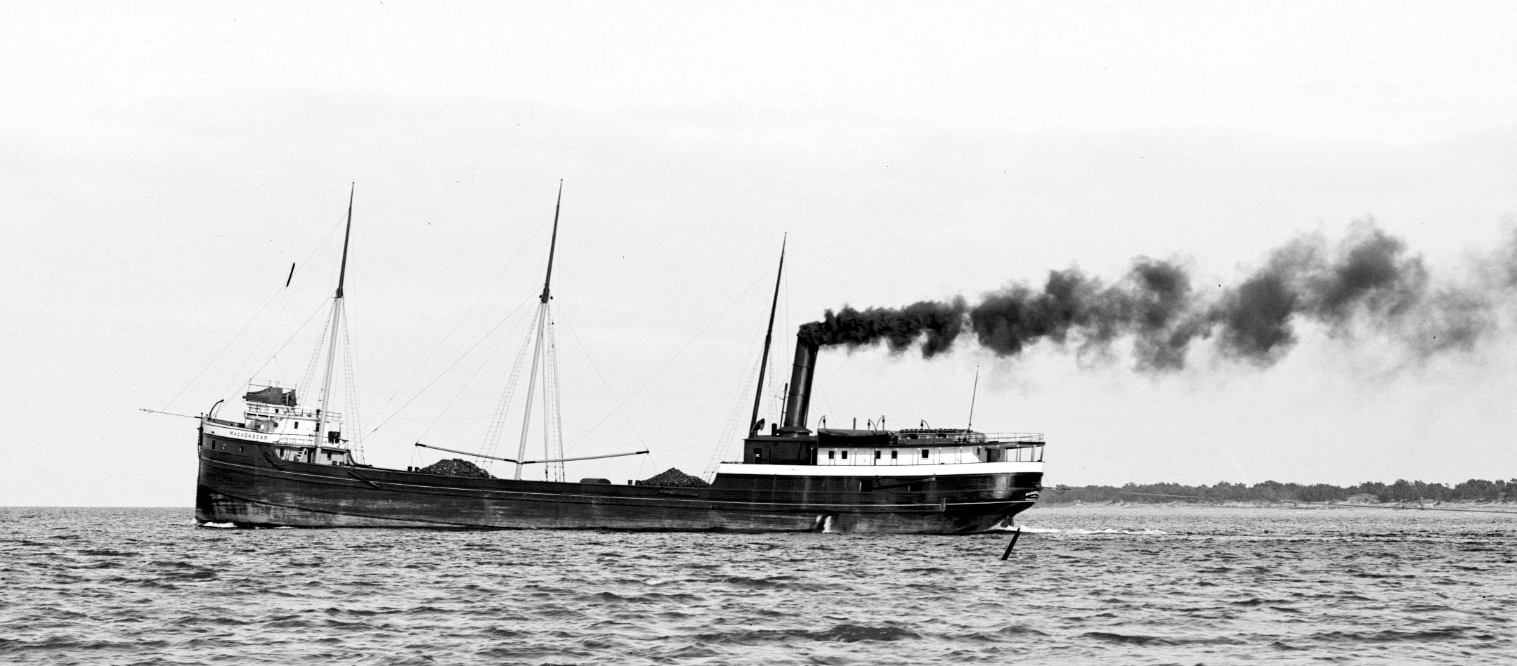 farkost till sjöss